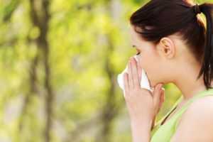 Vai Paklāju un mīksto mēbeļu eko-tīrīšana var palīdzēt pret alerģijām?